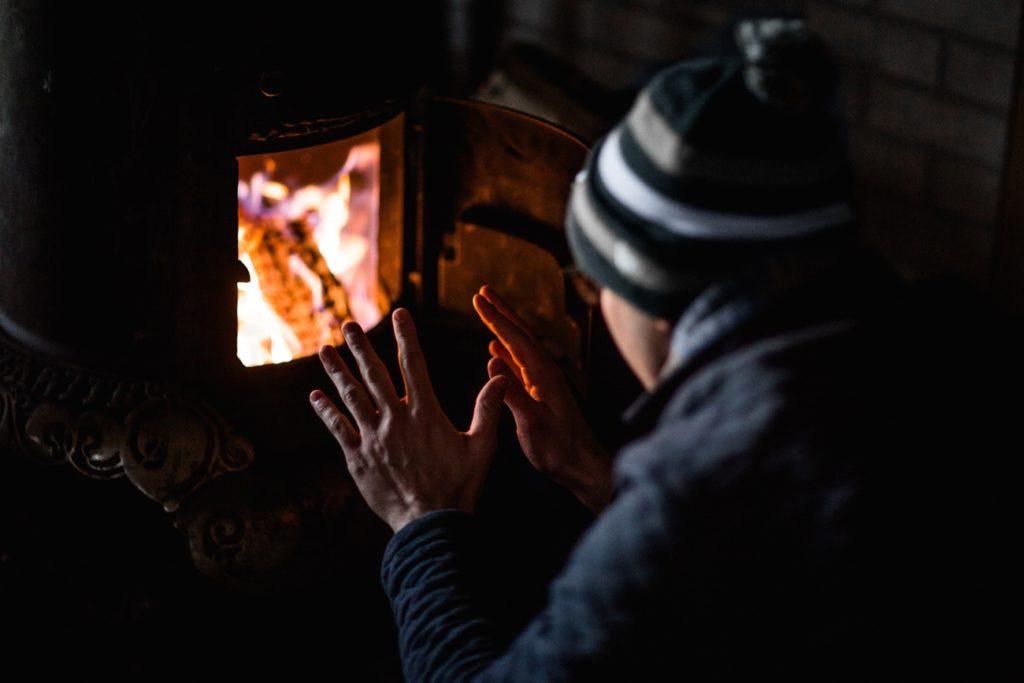 暖房器具はエアコン