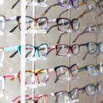 【メガネ】自分に似合うフレームタイプを選ぶたった二つの方法
